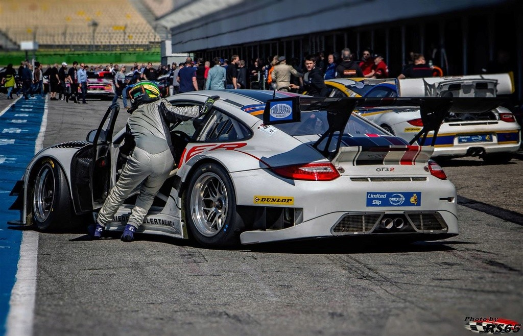 Une Belle photo de Porsche - Page 31 31301310