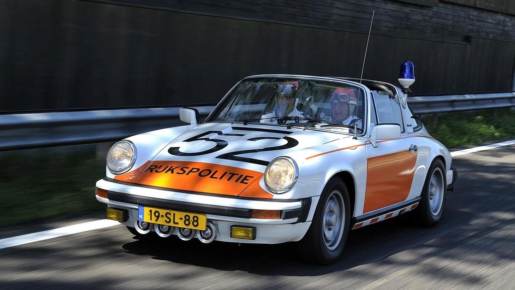 Porsche drôle/insolite - Page 14 Nether10
