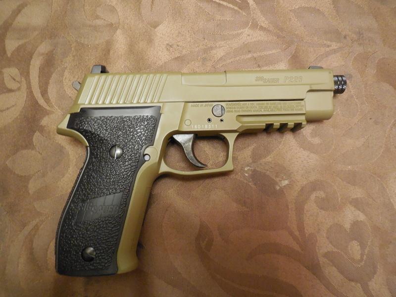 Le Sig Sauer P226 Blow Back plombs Dscn3010