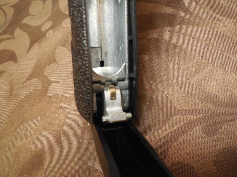 Le Sig Sauer P226 Blow Back plombs Dscn3013