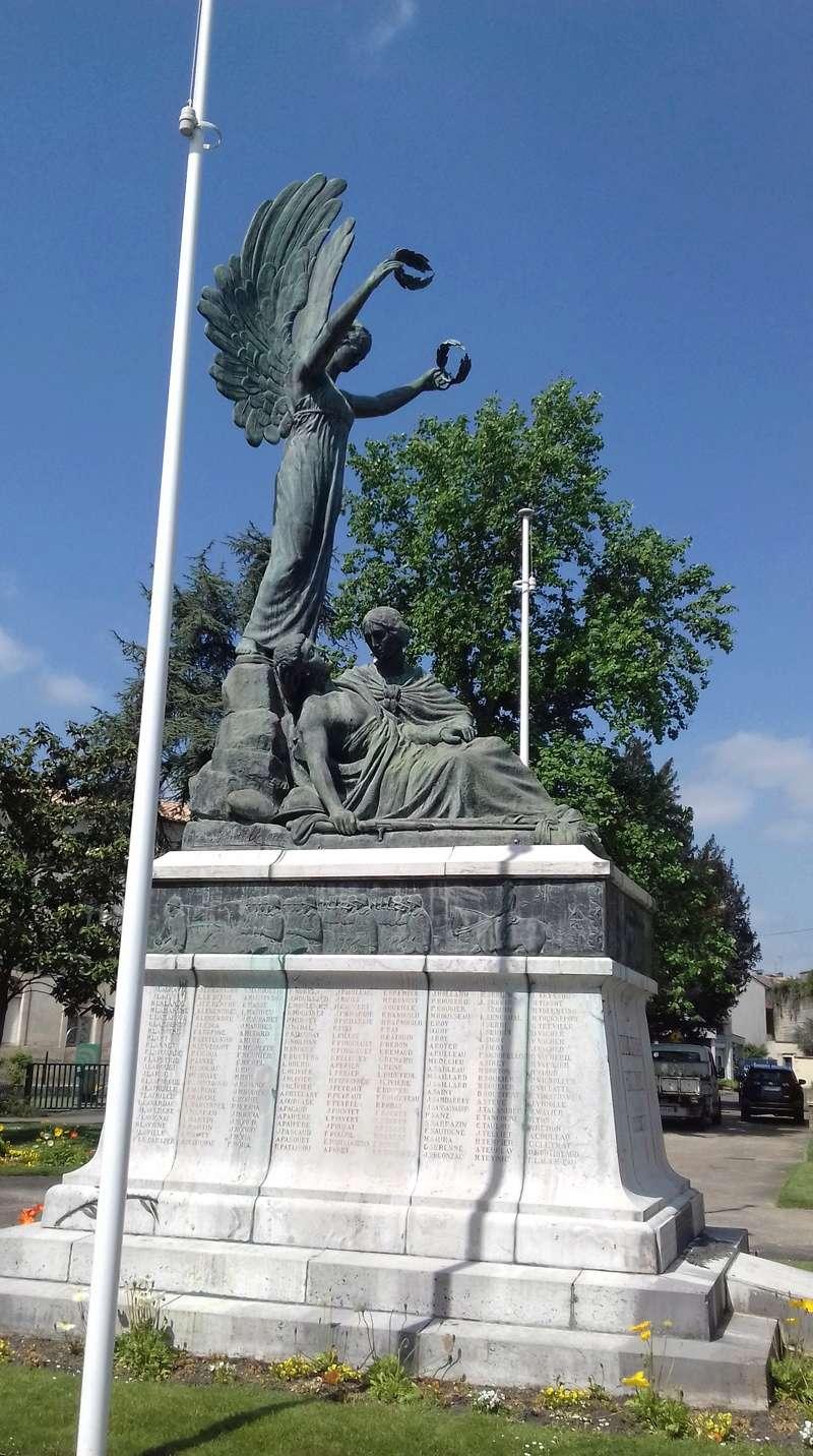 [ Histoires et histoire ] Monuments aux morts originaux Français Tome 2 - Page 6 20180416