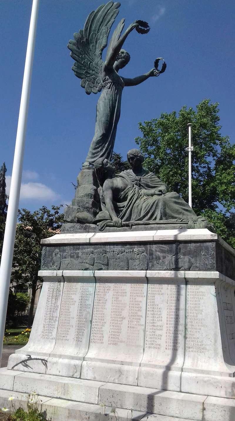 [ Histoires et histoire ] Monuments aux morts originaux Français Tome 2 - Page 6 20180417