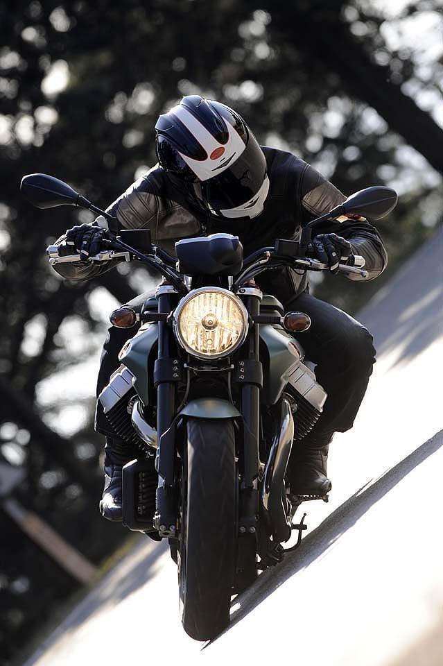 Moto Guzzi Griso 8V Special Edition Big_gu13