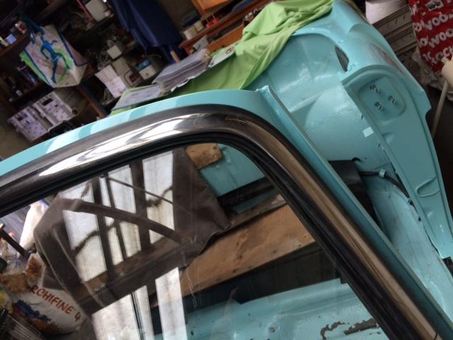 Restauration de la caravelle 1100S de juju - Page 30 Img_2011