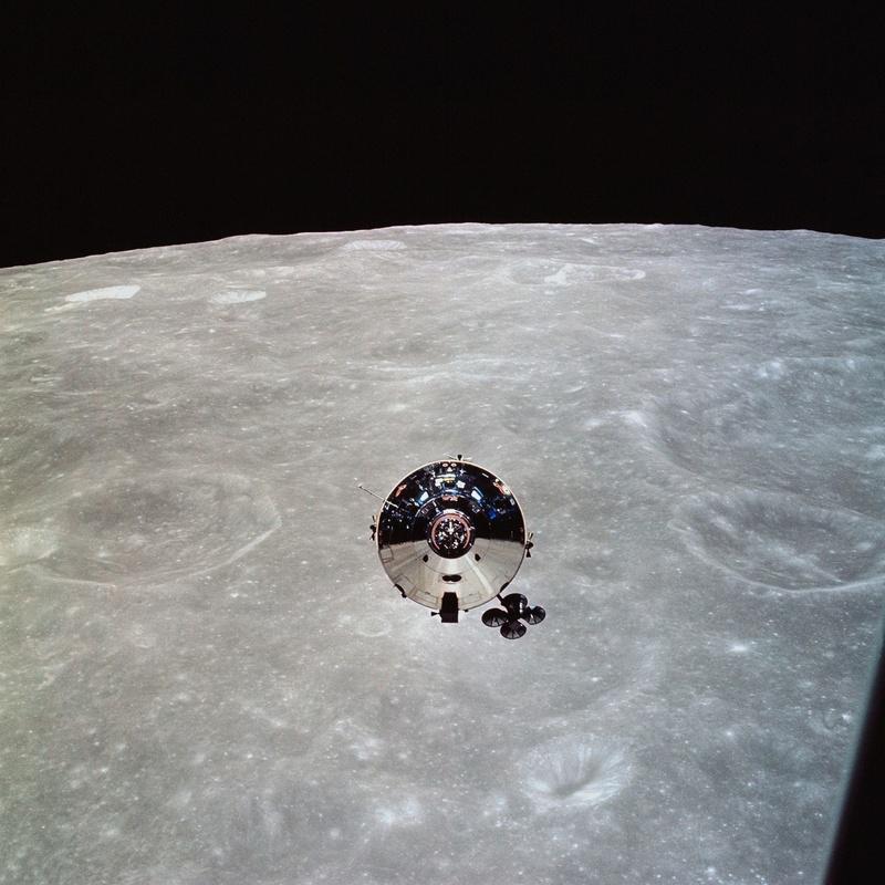 John Young (1930-2018) - Page 3 Apollo10