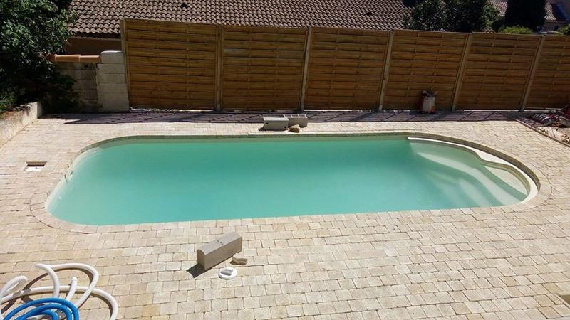 Nettoyage piscine verte avec dépôts au fond Piscin13