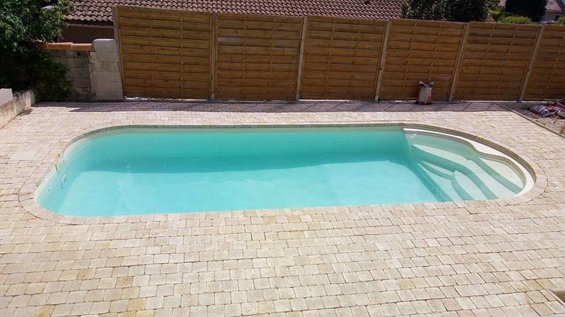 Nettoyage piscine verte avec dépôts au fond Piscin15