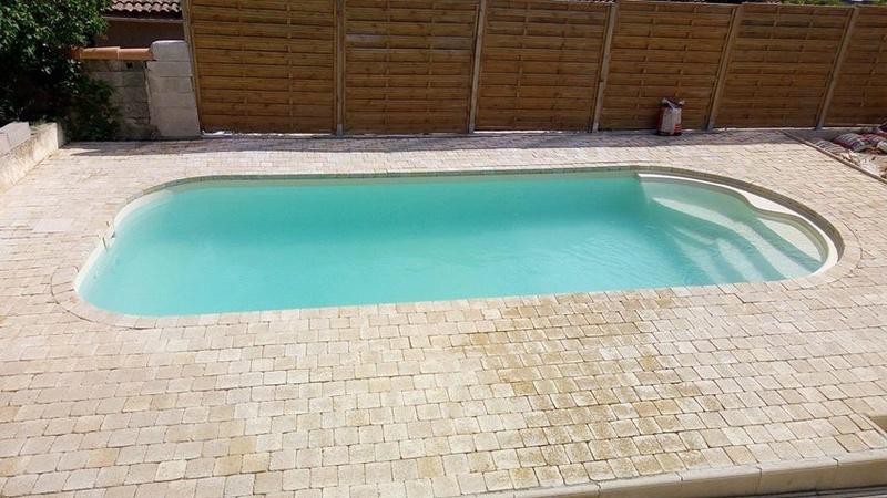 Nettoyage piscine verte avec dépôts au fond Piscin16