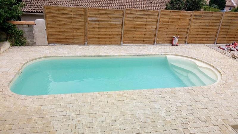 Nettoyage piscine verte avec dépôts au fond Piscin17
