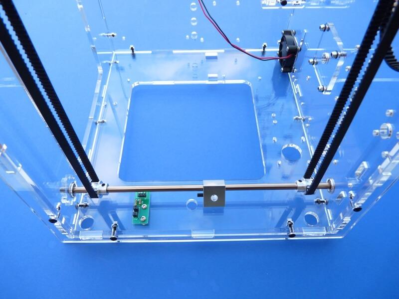 Construction d'une imprimante 3D multimatériaux - Kit Altaya model-space C5ct10