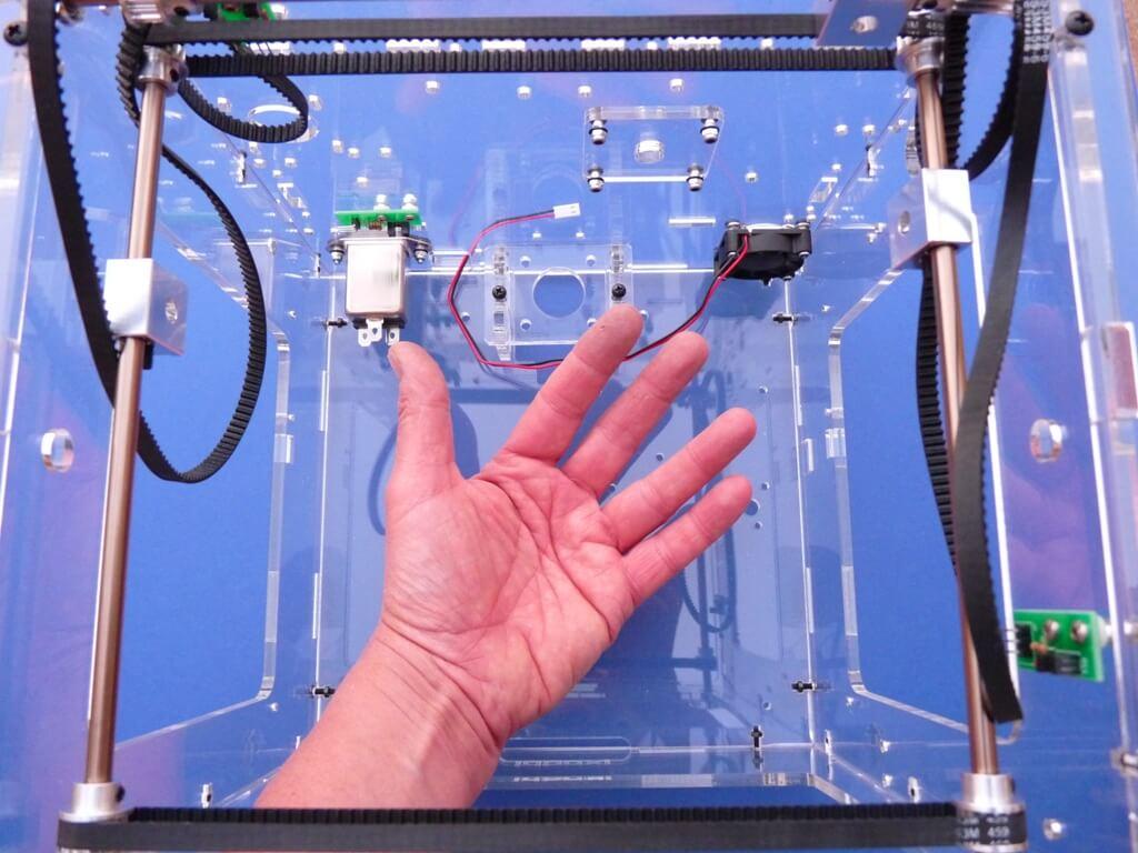 Construction d'une imprimante 3D multimatériaux - Kit Altaya model-space - Page 2 C5fu10
