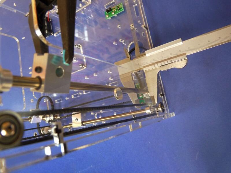 Construction d'une imprimante 3D multimatériaux - Kit Altaya model-space - Page 2 C6fe10