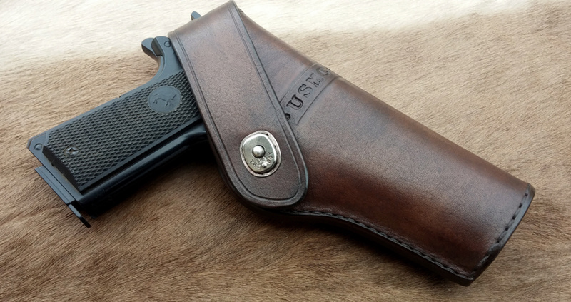 "Holster"" Stan I "" 1911 version large pour rail... Holste39"