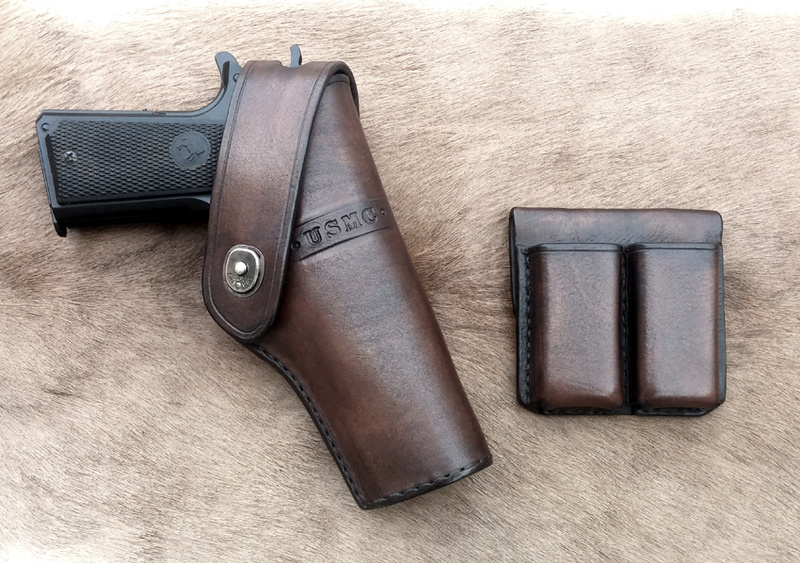 "Holster"" Stan I "" 1911 version large pour rail... Holste40"