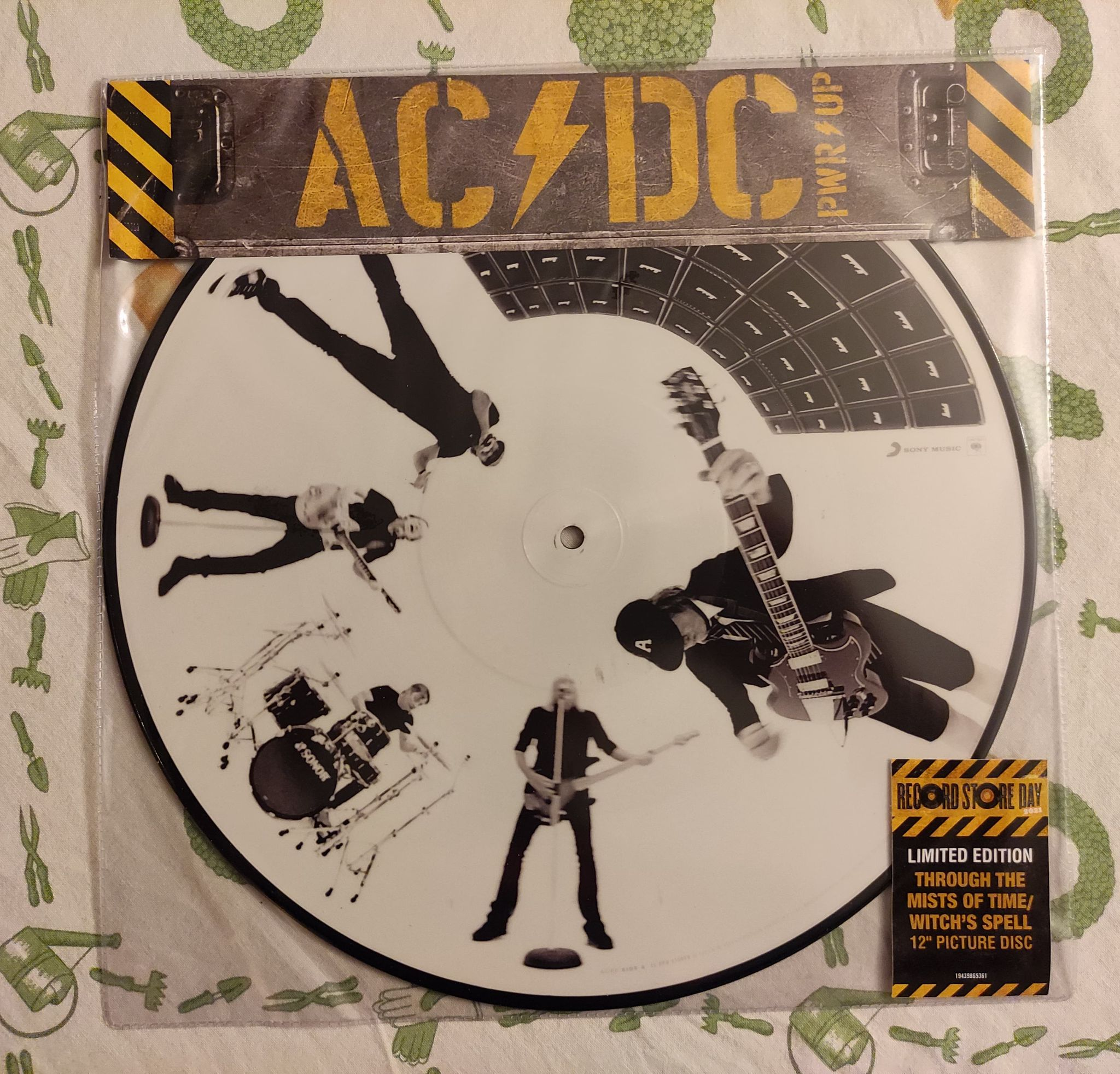 ACDC Power Up (2020) Hard-Rock Australie - Page 4 19944510