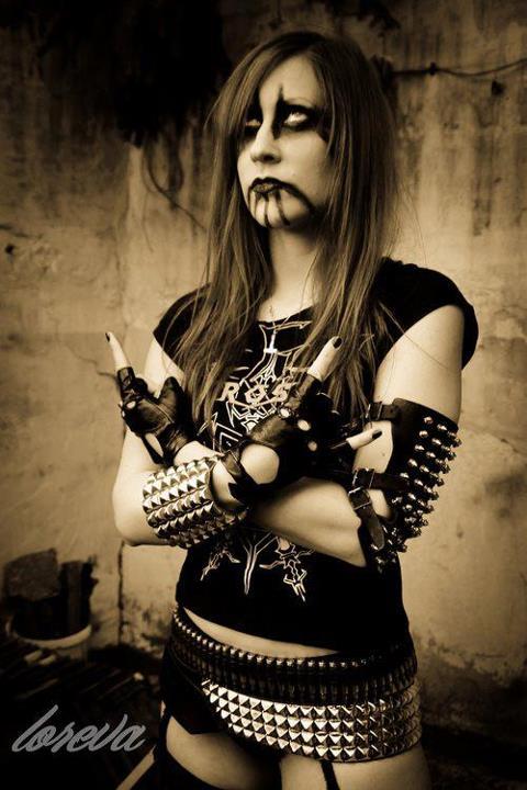 L'esthétique Metal - Page 4 1whuf10