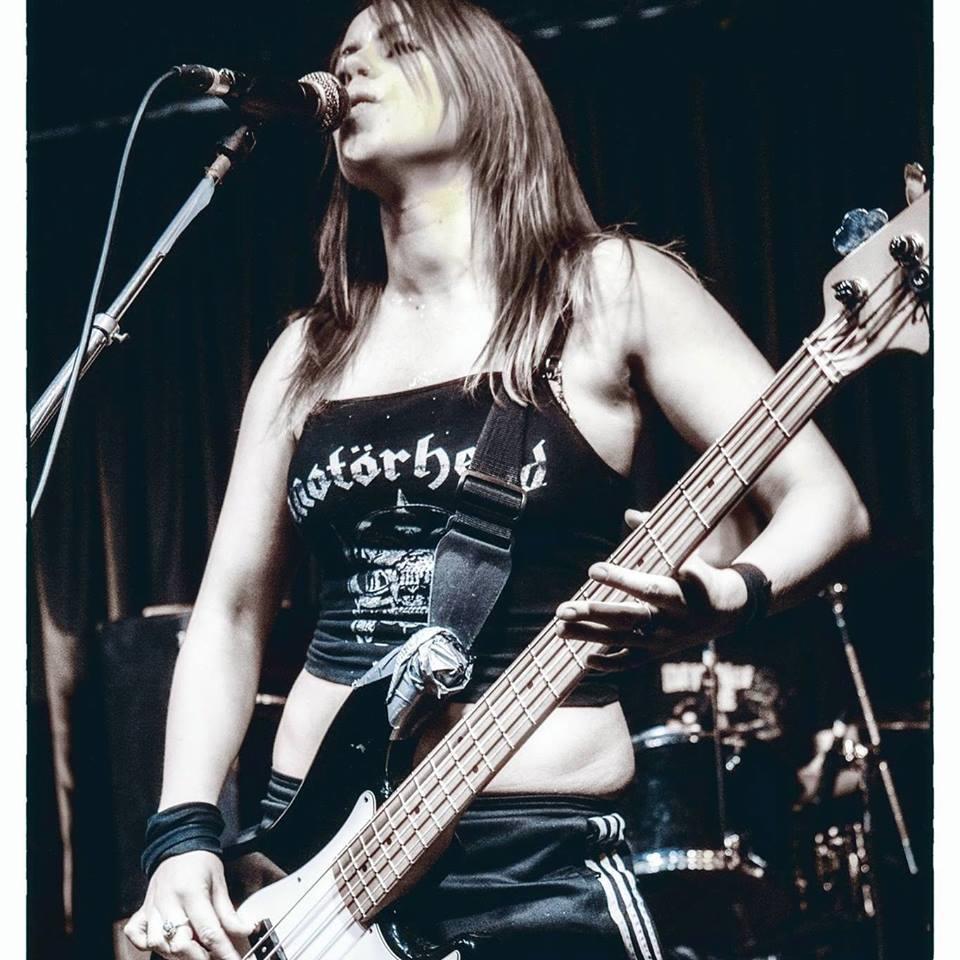 Une nouvelle bassiste pour ROCK GODDESS ... 43447410