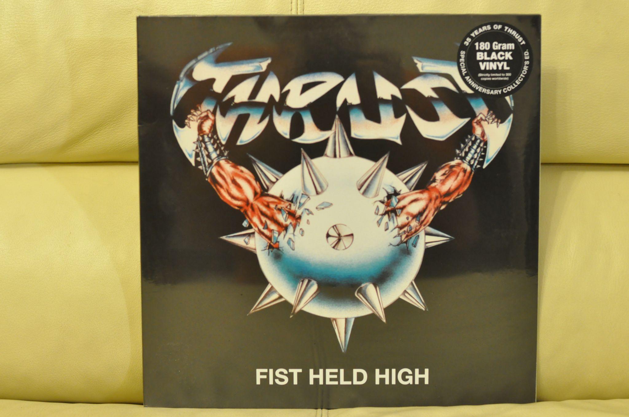 THRUST sort une vidéo de leur album de 1984 ! Et une réédition de celui-ci ... 79454510