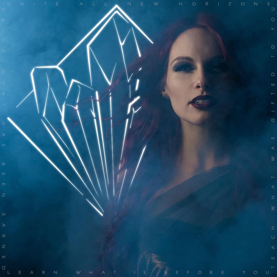 ILLUMISHADE : le nouveau projet musical de Fabienne Erni (ELUVEITIE) 82143610