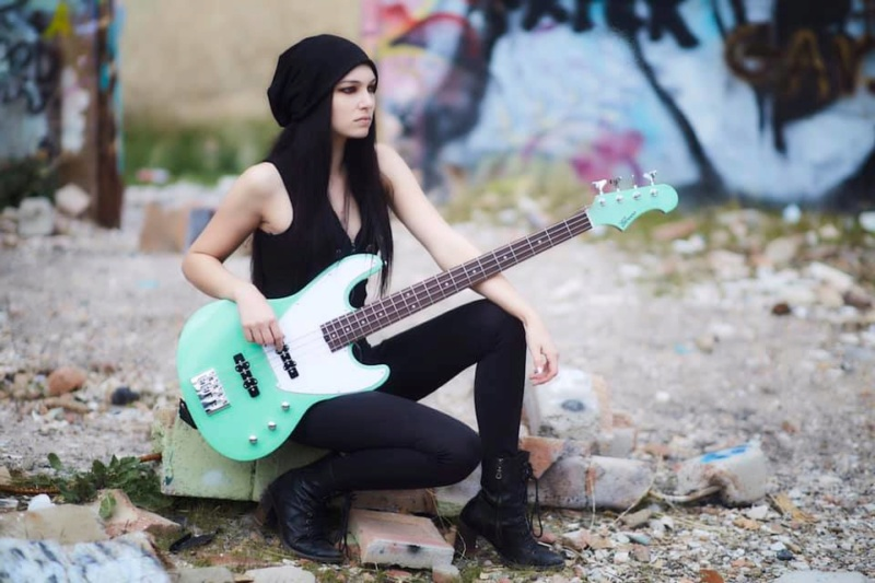 DRAGONFORCE recrute une nouvelle bassiste ... 82542110