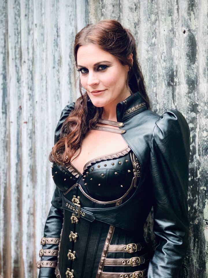 Entretien avec FLOOR JANSEN (Nightwish) - Sous-titres français 86174510