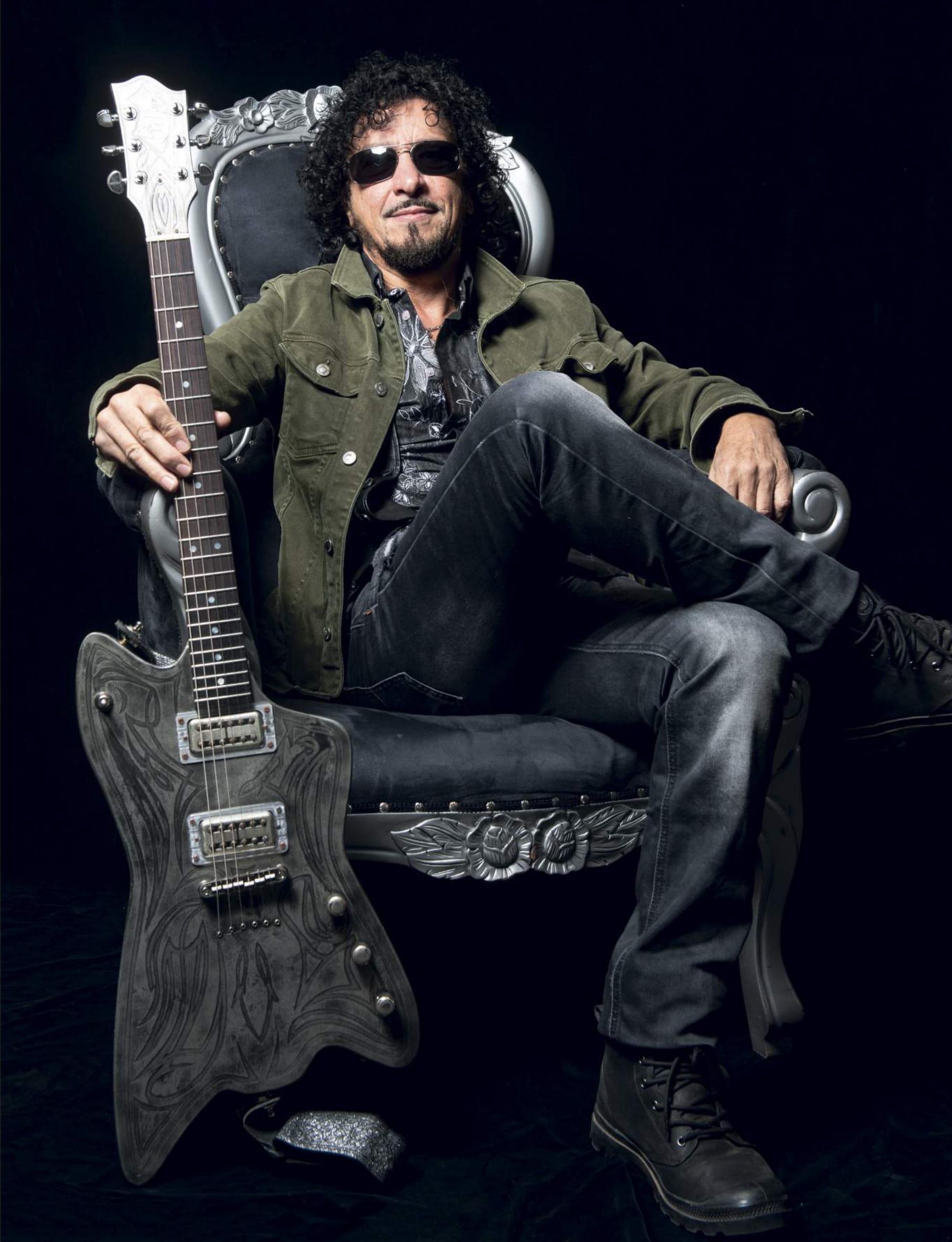 Interview TRUST pour le dernier album (Fils de lutte) Rock_h13