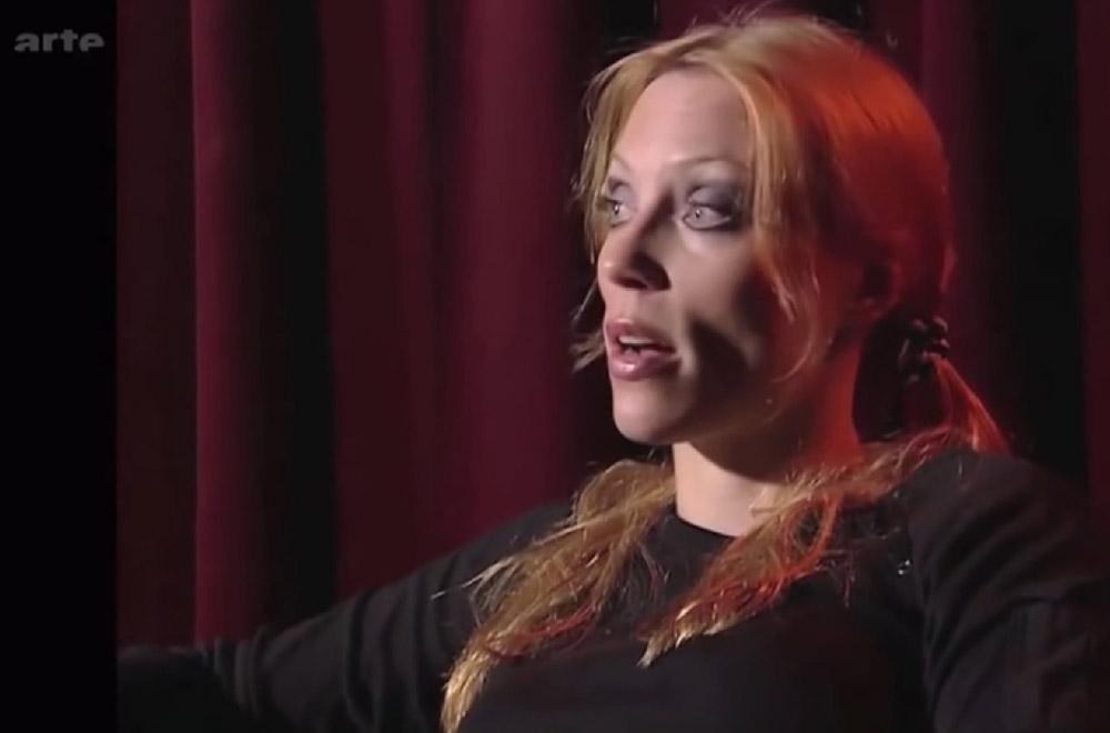 Interview ANGELA GOSSOW dans Tracks (Archive) Voix off en français. Sans_190