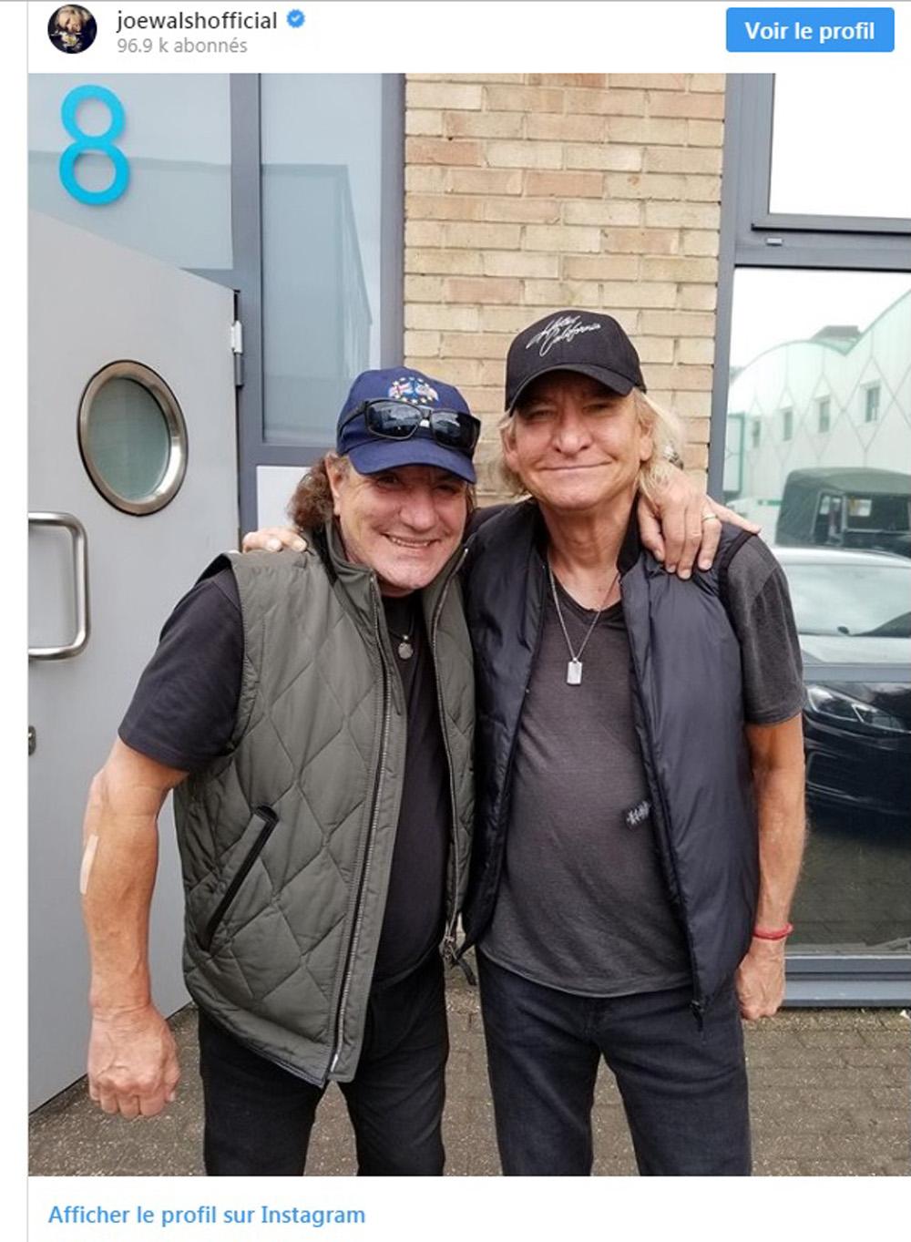 BRIAN JOHNSON d'AC / DC fait de la musique avec JOE WALSH d'EAGLES ! Sans_232