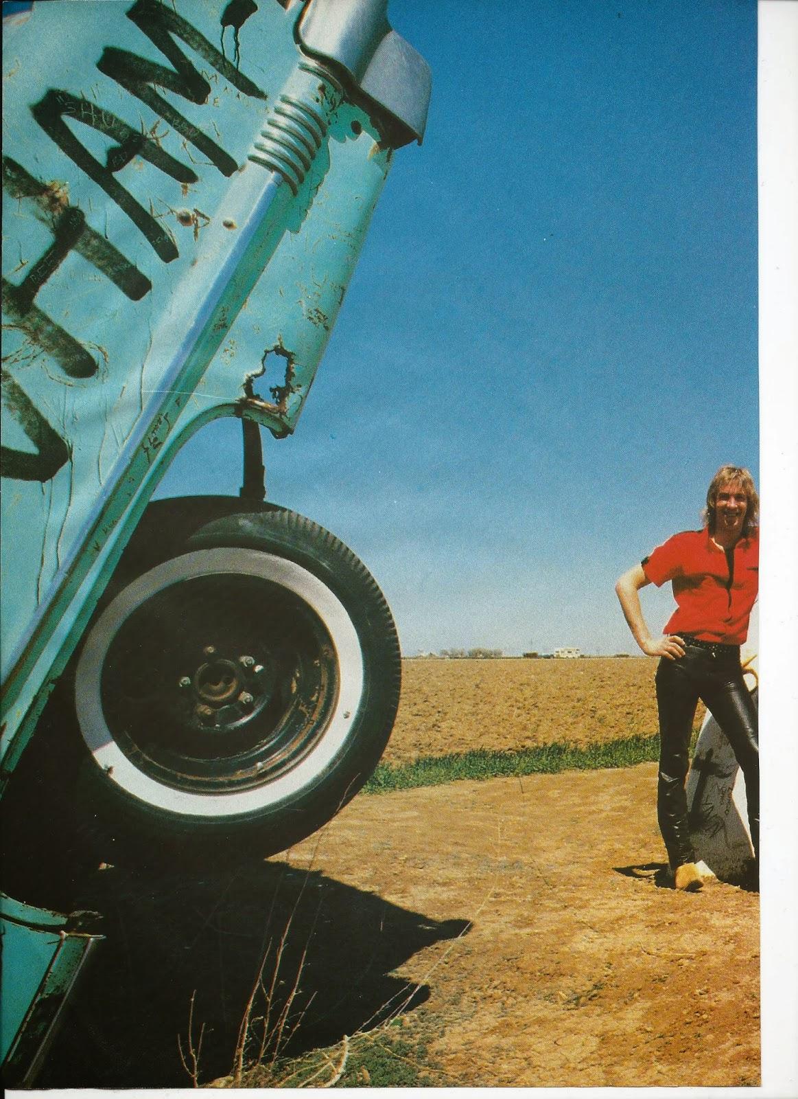 SCORPIONS L'ouragan (archive BEST Juillet 1984) Scorpi13