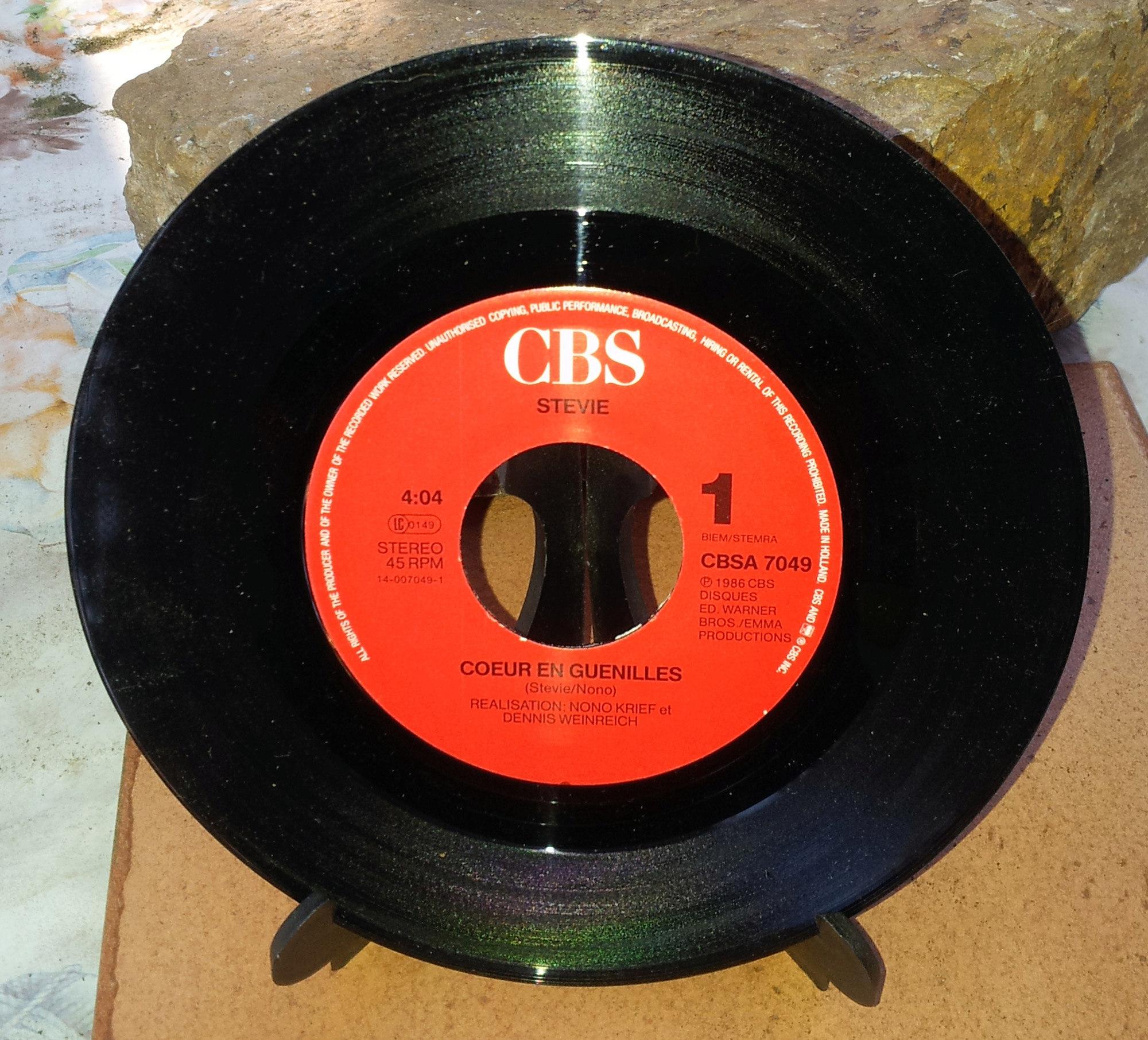 STEVIE Coeur en guenilles (1986) 45 tours - le vinyle vu de plus près ...  Stevie14