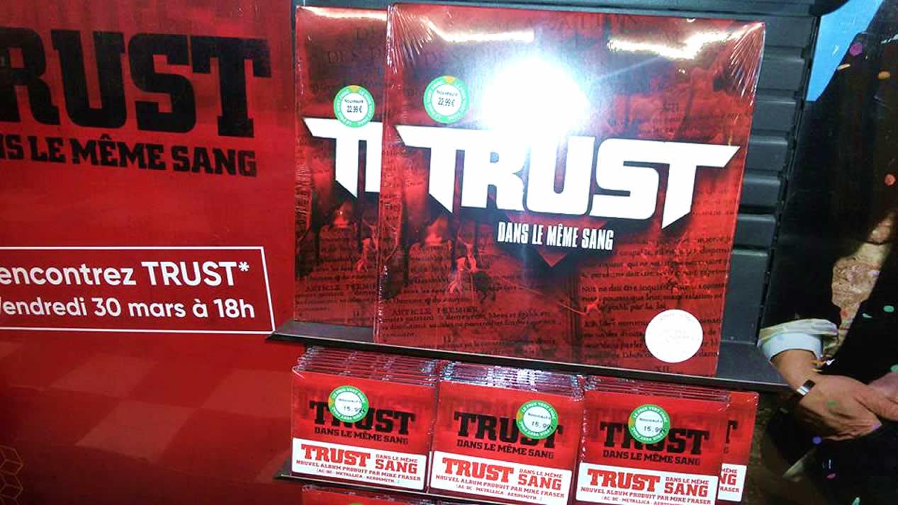 Quelques paroles du dernier album de TRUST Dans le même sang ... Trust-10