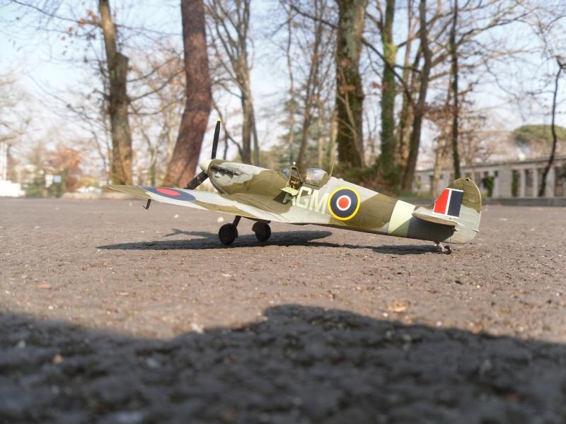 Spitfire Mk.VB Terminé !!! Sam_0028