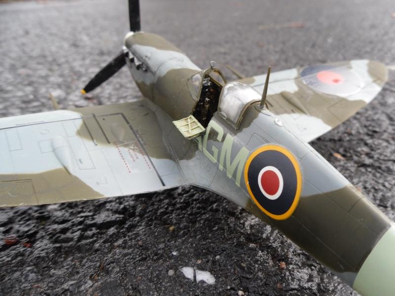 Spitfire Mk.VB Terminé !!! - Page 2 Sam_0129