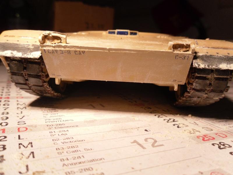 M1A2 Abrams -Photos finales ensoleillées 5/2/11 Sam_0216