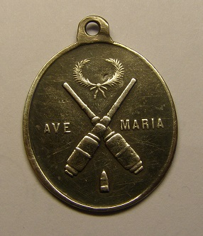 Medalla de Santa Bárbara de los artilleros. Final siglo XIX. P1010010