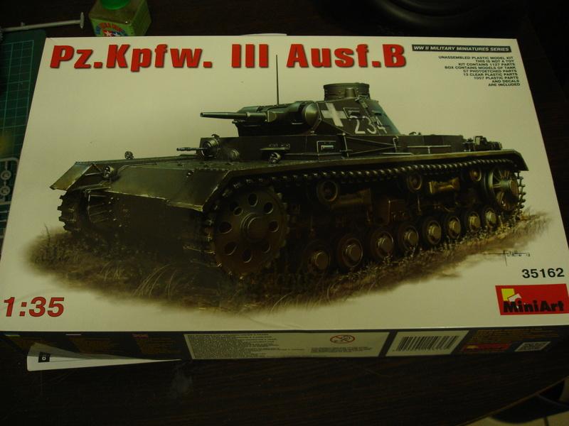 Pz.kpfw III ausf B 1:35 Miniart Dsc00242