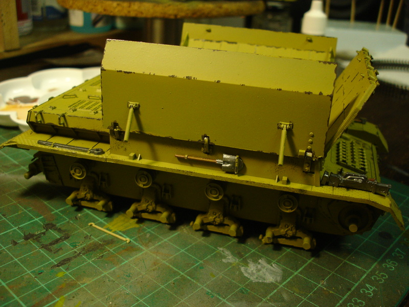 Flakpanzer IV Möbelwagen - Tamiya 1:35 - Page 2 Dsc00315