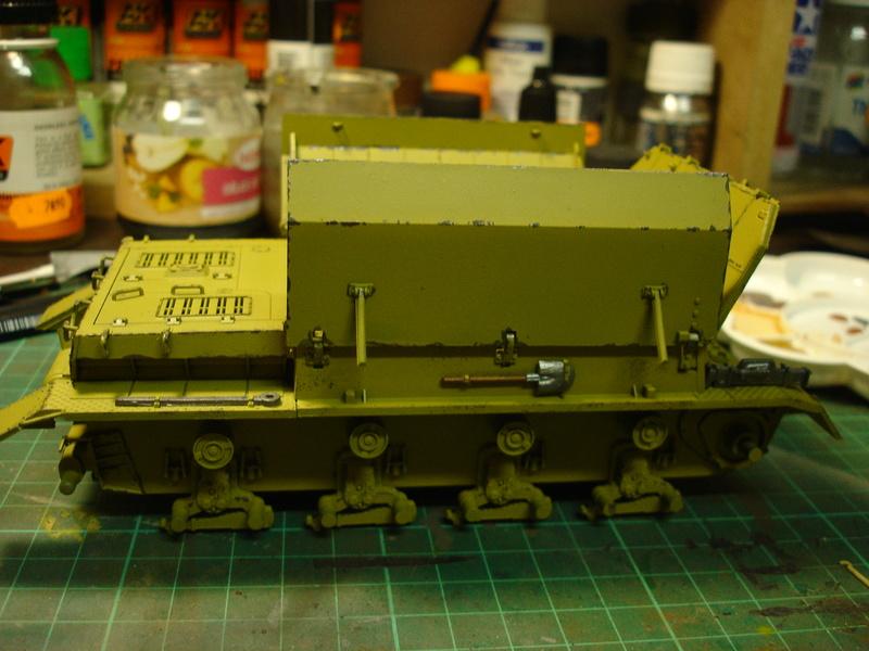 Flakpanzer IV Möbelwagen - Tamiya 1:35 - Page 2 Dsc00317