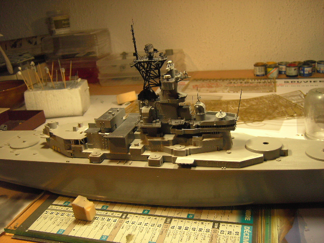 U.S.S New Jersey BB-62 1/350 REVELL limited edition - Page 2 Pict9410