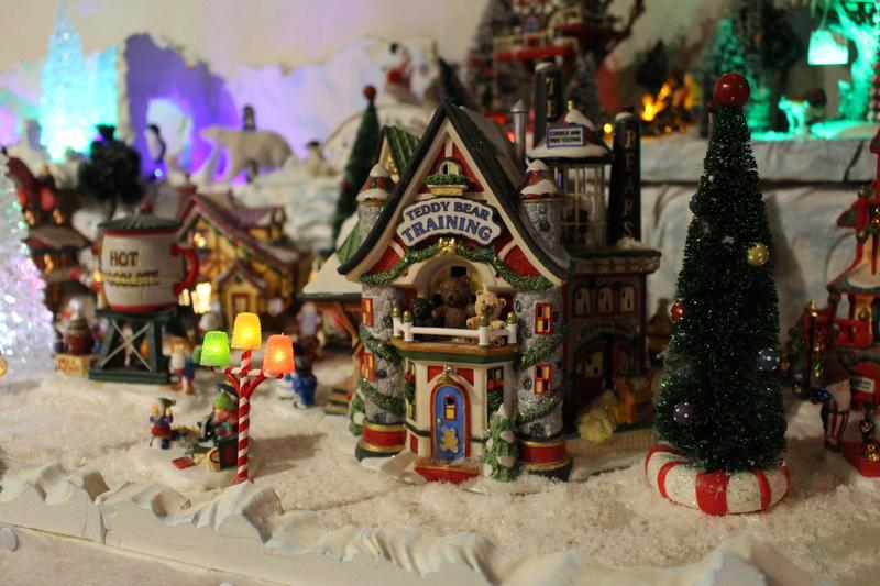 Au pays du père Noël  ( chez Cathy ) Img_0611