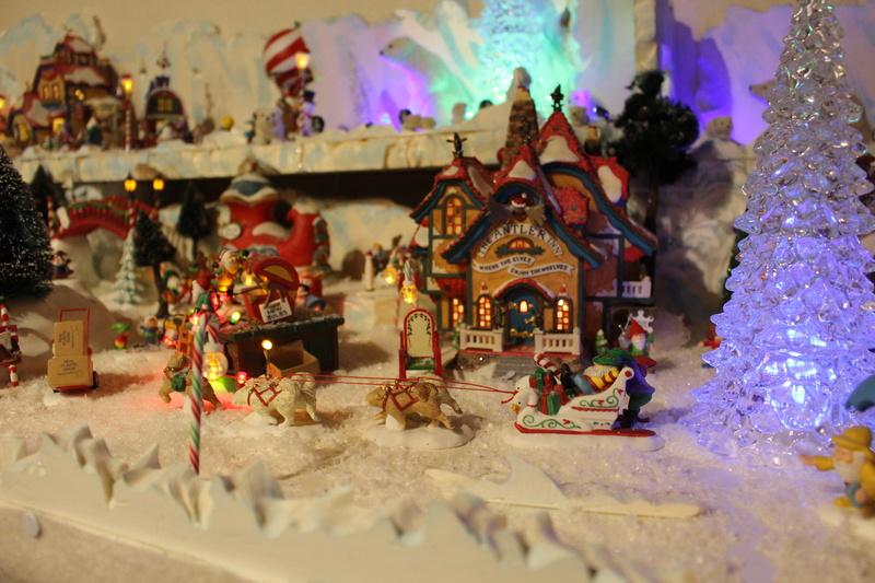 Au pays du père Noël  ( chez Cathy ) Img_0613