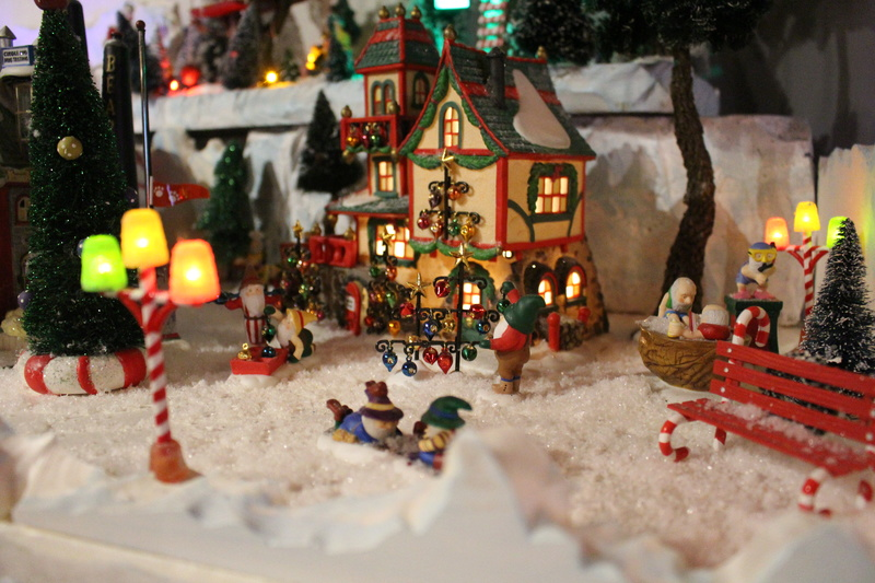 Au pays du père Noël  ( chez Cathy ) Img_0614