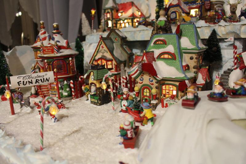 Au pays du père Noël  ( chez Cathy ) Img_0619