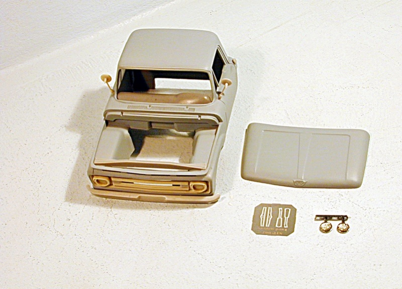 1/25 scale Ford F 100 resin cab kit Fotode10