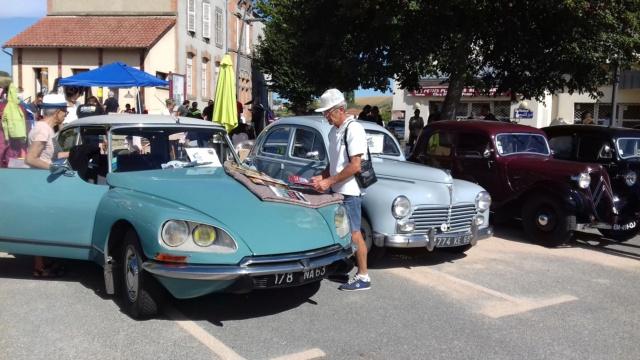 Exposition de voitures anciennes + vide grenier à Beauregard Vendon le 9 septembre 2018  20180919