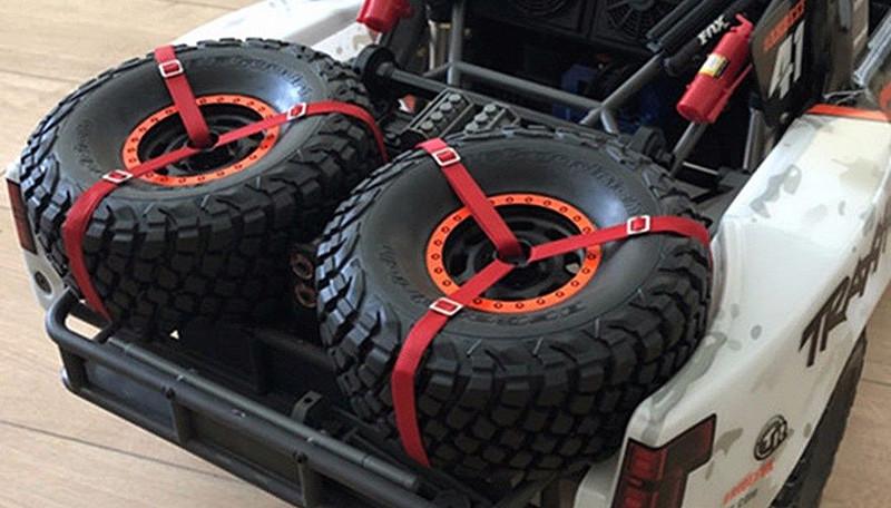 [NEW] Attaches pneus arrière pour Unlimited Desert Racer par lo_674 - Spare Tire Bandage Rope Decor Lo_67410