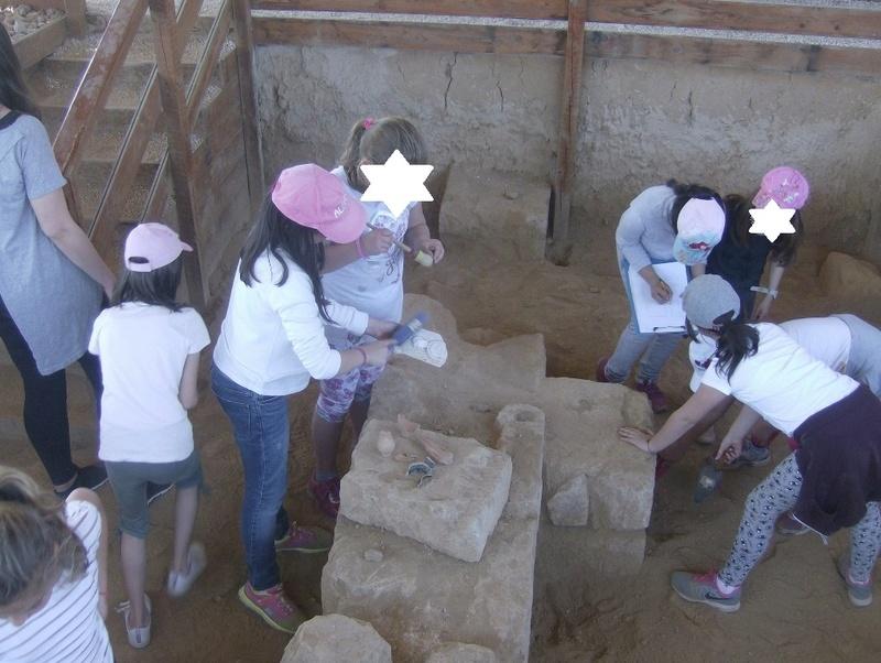 Παίρνοντας μέρος σε μια ανασκαφή Hpim6721