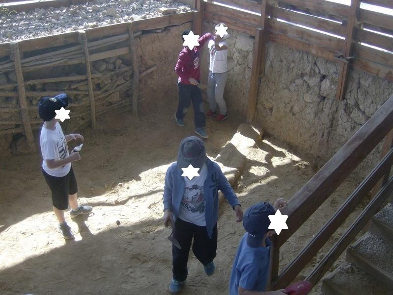 Παίρνοντας μέρος σε μια ανασκαφή Hpim6723