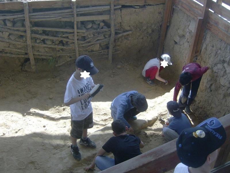 Παίρνοντας μέρος σε μια ανασκαφή Hpim6811