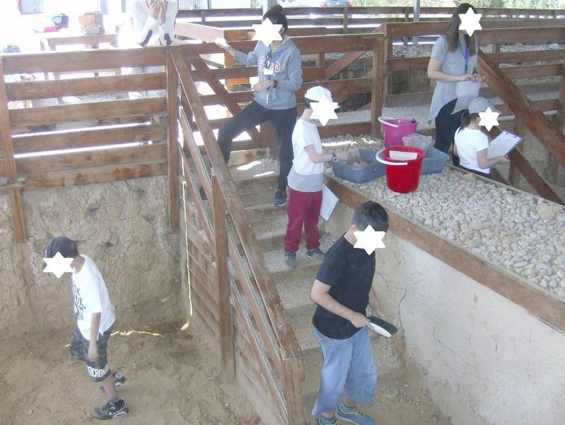 Παίρνοντας μέρος σε μια ανασκαφή Hpim6819